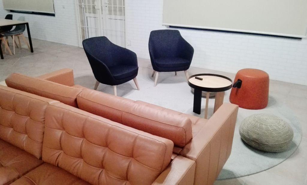 Um refeitório, um espaço de lazer 2   Hauss - Interior Design e Contract